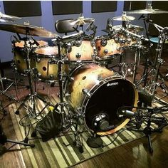 DW Drums? Thought they were Yamaha