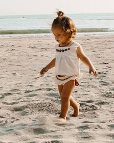 Family Life Archives – my Sunshine Holiday – Cute Adorable Baby Outfits Cute Baby Girl, Baby Love, Cute Little Girls, Baby Girls, Baby Girl Fashion, Kids Fashion, 2000s Fashion, Fashion Tips, Cute Babies Newborn