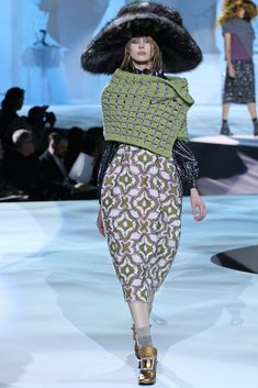 Marc Jacobs Fall 2012 Ready-to-Wear Fashion Show - Olga Sherer