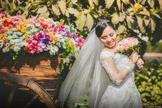¡Ideas para una boda de ensueño en primavera! #matrimoniocompe #matrimonioenprimavera #boda #matrimonio #bodaprimavera #ideasdeboda #ideasmatrimonio #ideasprimavera Wedding Dresses, Ideas, Fashion, Boyfriends, Dream Wedding, Spring, Flowers, Bride Gowns, Wedding Gowns