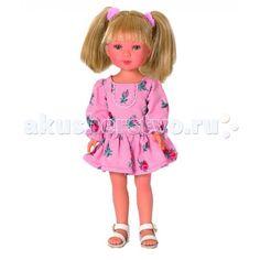 Vestida de Azul Карлотта блондинка с хвостиками Лето Casual  Vestida de Azul Карлотта блондинка с хвостиками Лето Casual - это добрая, приветливая и очаровательная кукла которая обязательно понравится вашей маленькой принцессе.   Особенности: Красавица блондинка Карлотта в летнем образе в популярном стиле casual: нежное платье с цветочным узором и светлые босоножки. Стильный внешний вид куклы поможет сформировать вкус ребенка с самых ранних лет Милое личико куколки никого не оставит…