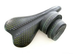 Busyman Bicycles: Selle Italia C2 with Casino Sides