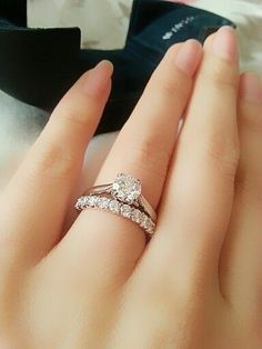 bridal sets & bridesmaid jewelry sets – a complete bridal look White Gold Ruby Ring, Diamond Wedding Bands, Wedding Rings, Bridal Ring Sets, Bridesmaid Jewelry Sets, Ring Verlobung, Designer Engagement Rings, Diy Design, Fashion Outfits