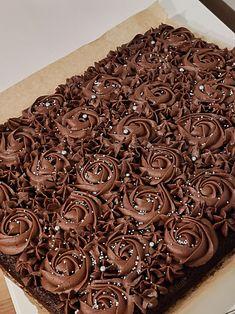 Good Food, Fun Food, No Bake Cake, Food Art, Food Inspiration, Cake Recipes, Candy, Chocolate, Sweet