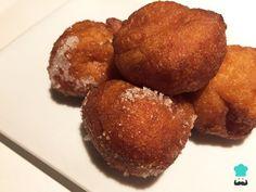 Receta de Buñuelos caseros y sencillos sin leche Salsa Dulce, Le Chef, Pretzel Bites, Sausage, Muffin, Potatoes, Bread, Cookies, Vegetables