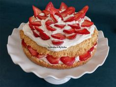 On her birth date (May I wanted to prepare something vibrant, beautiful and delicious. Strawberry Shortcake, Favorite Color, Cheesecake, How To Memorize Things, Cakes, Easy, Desserts, Food, Tailgate Desserts