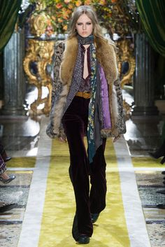 "Italian fashion house Roberto Cavalli presented their new fall/winter 2016 collection at Milan fashion week fall Entitled ""Divine Decadence"", creative Fur Fashion, Fashion Week, Paris Fashion, Runway Fashion, High Fashion, Fashion Show, Womens Fashion, Roberto Cavalli, Anita Pallenberg"