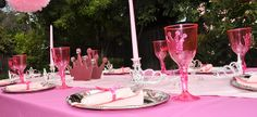 Create a beautiful princess theme party table - perfect for princesses young and old