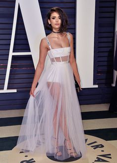 Nina Dobrev attends the 2017 Vanity Fair Oscar Party hosted by Graydon Carter at Wallis Annenberg Center for the Performing Arts on February 26, 2017 in Beverly Hills, California.