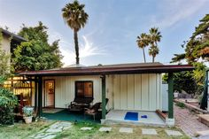 Freshly Renovated 1BR Encinitas Cottage w/Wifi, Lush Private Yard & Ocean Views - Close to the Beach & Easy Access to San Diego Area Attractions! #california #travel