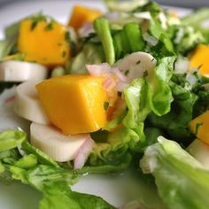 Harold Dieterle's hearts of palm, mango, macadamia nut, butter lettuce salad. http://www.facebook.com/photo.php?fbid=10151354052051238