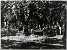 1930-as évek. A tabáni temető sírkövei, .