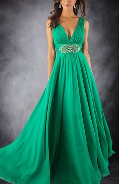 Green is a color that is increasingly liked for prom girls. This is definitely a beautiful color that can highly your color skin. This V Neck dress is delicate and beautiful. The detail on the waist is simply lovely. Ruched Low Cut V Neck Formal Dress. Style Code: 08695. US$108. Get it here: http://www.outerdress.com/ruched-low-cut-v-neck-formal-dress-pd-08695-19.html. Official webpage: www.outerdress.com #promdresses #prom2013 #promdress