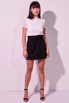 Lined lace t-shirt. Model is wearing size S. Lace Tee, Free Clothes, Mock Neck, Mini Skirts, Tees, Pretty, Shirt, Sleeves, Model