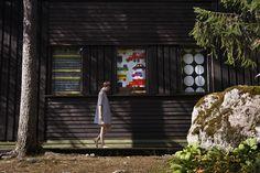 Marimekko Classics: Räsymatto (Rag rug), Bo Boo and Kivet patterns Scandinavian Cottage, Scandinavian Style, Scandinavian Architecture, Marimekko Fabric, Scandinavia Design, The Perfect Getaway, Pattern Illustration, Finland, Printing On Fabric