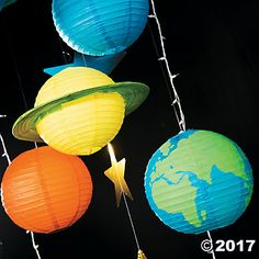 VBS God's Galaxy DIY Paper Lantern Planets Decor Idea Make your Vacation Bible School classroom appear out of this world! Using DIY craft supplies and paper lanterns, you can recreate the galaxy that God created for us! Outer Space Party, Outer Space Theme, Planet Decor, Diy Galaxie, Decoration Creche, Wedding Decoration, Outer Space Decorations, Star Decorations, Papier Diy