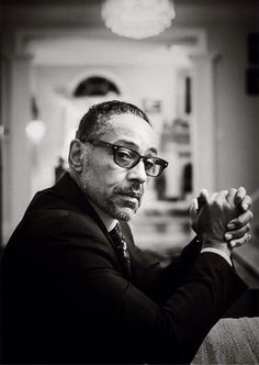 bronzekat:  eaudrey35:  heisenbergchronicles:  Giancarlo Esposito portrait by Kris Connor in Washington, D.C. Links: Web site / Instagram / Twitter  He is an amazing actor  :):):)