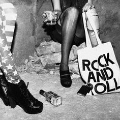 'merica and rock and roll Black And White Photo Wall, Black N White, Jack Daniels, El Rock And Roll, Indie, Grunge Photography, White Photography, Artistic Photography, Photography Ideas