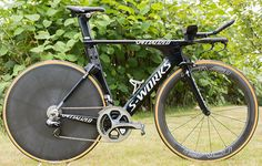 Quick Step Floors's Specialized Shiv TT http://www.bicycling.com/bikes-gear/tour-de-france/the-time-trial-bikes-of-the-2017-tour-de-france/slide/17