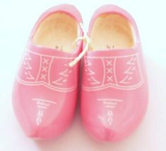 Image shared by Ʈђἰʂ Iᵴɲ'ʈ ᙢᶓ on We Heart It Amsterdam, Dutch Tulip, Pink Garden, Pink Tulips, Pink Elephant, Keds, Pretty In Pink, Sneakers, Beautiful