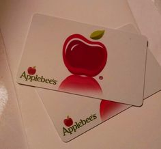 GIVEAWAY: WIN $15 Gift Card from Michigan-based Applebee's to celebrate their Holiday Gift Card Promotion http://ow.ly/FshPp ENDS 12/18