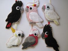 etsy Set of 6 Felt Parrot Ornaments, Australian Cockatoos Felt Diy, Felt Crafts, Fabric Crafts, Felt Christmas Ornaments, Christmas Crafts, Aussie Christmas, Xmas, Felt Birds, Felt Decorations
