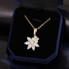 45.5cm 18K Gold Plated Fashion Flower Pendant Inlay Zircon Copper Necklace