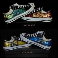 Awesome harry potter converse❗️I want the Slytherin ones! Objet Harry Potter, Mode Harry Potter, Estilo Harry Potter, Harry Potter Style, Harry Potter Wedding, Harry Potter Room, Harry Potter Fandom, Harry Potter Converse, Harry Potter Shoes