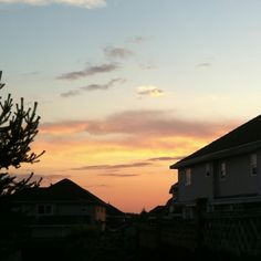 Sunset in Surrey :) #pinittowinit #summerinsurrey