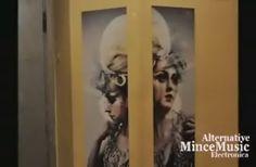 https://flic.kr/s/aHsjwxmT3V | Alternative*Electronica Culture & Art Meeting | Συνάντηση μουσικής και τέχνης 10 καλλιτέχνες από διάφορα είδη όπως Ντιζάινερς,φωτογράφοι,χεοροποίητα,ζωγράφοι,βιβλία(παραμύθη),συλλέκτες και έξι μουσικοί με επίσημο καλεσμένο τον Tareq. Δείτε φωτογραφίες και ελάτε στο επόμενο.!!!