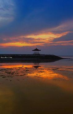 Bali, Indonesia for your honeymoon destination  Visit www.weddingsonline.in for inspiration