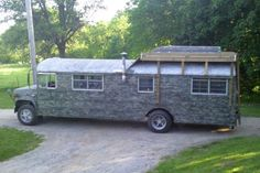 great deck on top of this converted school bus! <3