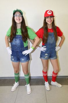 150 Kids Halloween Costumes that you can DIY in An Afternoon or Two - Ethinify - deguisement d'haloween - Mario And Luigi Costume, Halloween Costumes For Bffs, Sister Costumes, Cute Costumes, Halloween Kids, Super Mario Costumes, Grease Costumes, Teen Costumes, Halloween Couples