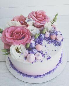 Цветочный тортик для Гули !!! • • • • По вопросам стоимости и заказу, пишите в вотсап или вконтанте!!! 89137844442 • •…