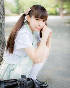 Japan Fashion, School Uniform, Cute Girls, Sailor, Fashion Models, Flower Girl Dresses, Cosplay, Wedding Dresses, Schoolgirl