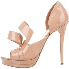 Pre-owned Jerome C. Rousseau Kier Platform Sandals ($195) ❤ liked on Polyvore featuring shoes, sandals, neutrals, nude patent leather shoes, strappy shoes, pre owned shoes, patent sandals and patent leather sandals