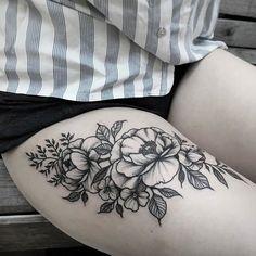De13 a 25 de fevereiro vamos receber diretamente da Argentina a tatuadora @simonaokif - Para ver mais trabalhos e agendar sua tattoo, acesse nosso site http://house.tattoaria.com.br ou via Whatsapp ☎️ 11 98051-3299 #moema #tattoariahouse #tattoaria #tatuagem #tattoo #ink #inked #art #artwork #tattoosp #tatuadores #estudiorotativo #primeiro #studiotattoo #saopaulo #sp #tattoobrasil #inspirationtattoo #tattooguest #artenapele #tintafresca #tatuaje #tatuadores #tatuador #brasil #blackwork…