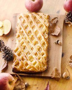 Le grillé aux pommes, un dessert aux pommes à base d'une pâte feuilletée, exquis, joli et bon. #marmiton #recette #dessert #tarte #grillé #pomme