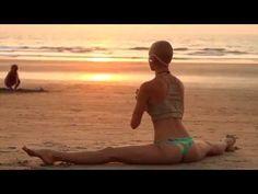 ॐ Jai Radha Madhav ॐ Deva Premal ॐ This is beautiful to watch AND to listen to! Yoga Nidra, Bikram Yoga, Iyengar Yoga, Ashtanga Yoga, Vinyasa Yoga, Yin Yoga, Hata Yoga, Deva Premal, Yoga Breathing