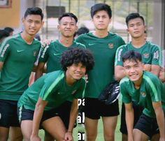 Football Players, Soccer, Boyfriend, Handsome, Cute, Prickly Pear Cactus, Soccer Players, Futbol, European Football