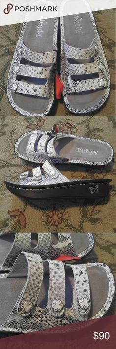 0c08eb6f571b9 New Alegria Fiona Posh Silver Sandals size 38 New Alegria Fiona Posh Silver  Sandals size 38