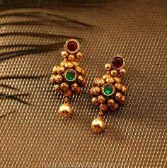 Designer Gold Earrings From Manubhai Jewellers ~ South India Jewels Jewelry Design Earrings, Gold Earrings Designs, Gold Jewellery Design, Designer Earrings, Necklace Designs, Beaded Jewelry, Designer Jewellery, Jewellery Box, Amrapali Jewellery