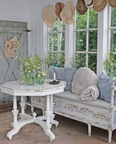 summer farmhouse decor