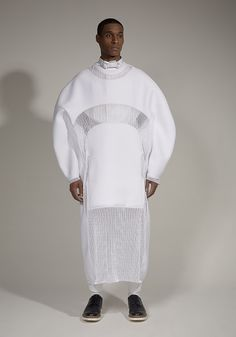 Sculptural Fashion with circular silhouette; innovative fashion design // Mai-Gidah Spring 2014
