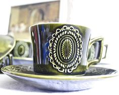 Beautiful set of 6 dark green patterned tea cups and saucers Cup And Saucer, Tea Cups, Etsy Seller, Etsy Shop, Mugs, Dark, Tableware, Unique Jewelry, Handmade Gifts
