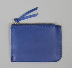 Leather is ecologically tanned with acacia extracts; acacia is a natural tannin free of chromium or other heavy metals