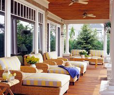 large front porch...LOVE