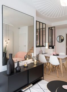 Duplex bei Croix Rousse - MARION LANOE, Innenarchitekt und Dekorateur, Lyon Source by lanoemariondeco Source Interior Design Living Room, Living Room Designs, Living Room Decor, Sweet Home, Contemporary, Duplex, Home Decor, Home Salon, Decor Ideas