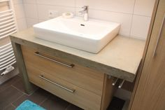 Badezimmer mit Sichtbeton Winkel nähe Schärding, #Betonwaschtisch Vanity, Bathroom, Home Decor, Carpentry, Full Bath, Bathing, Dressing Tables, Washroom, Powder Room