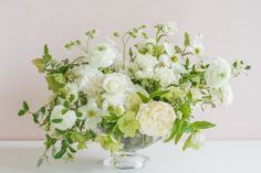 Green Colour Palette, Green Colors, White Floral Centerpieces, Wedding Flowers, Wedding Day, Make Arrangements, Types Of Flowers, Garden Styles, Beautiful Flowers